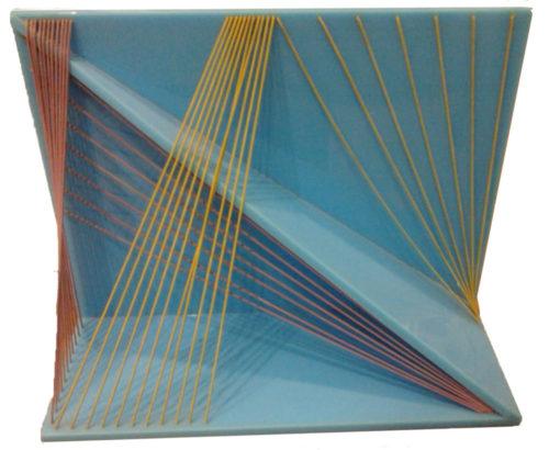 Polychrome plastic structure of force lines / Complesso plastico colorato di linee forza